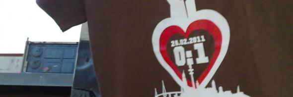 T-Shirts mit dem Endergebnis zu kaufen! 0:1 für 96.